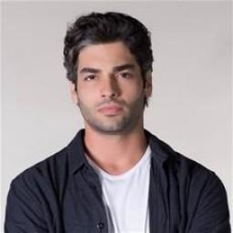 Şükrü Özyıldız as Yusuf Alacan