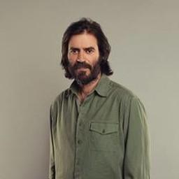 Teoman Kumbaracıbaşı as Ahmet Mertoğlu