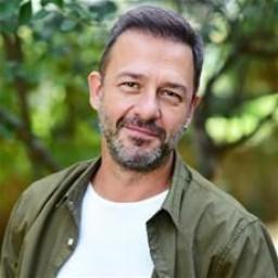 Murat Aygen as Can
