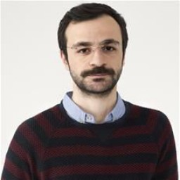 Guven Murat Akpinar as Osman