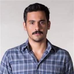 Caner Şahin as Salih Akmeşe