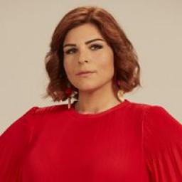 Pelin Öztekin as Zeynep
