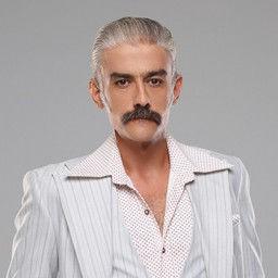 Kanbolat Görkem Arslan as Ali Uygur