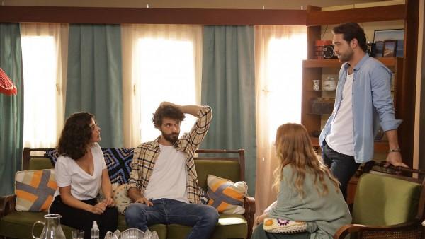 S01E14 of Çatı Katı Aşk