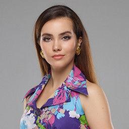 Almila Ada as Genç Melike Candan