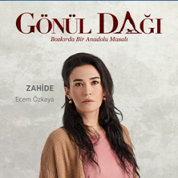 Ecem Özkaya as Zahi̇de
