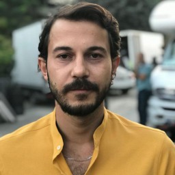 Sinan Arslan as Ercüment