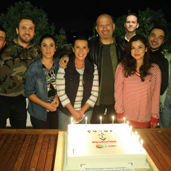 Celebrating The Jubilee 100th Episode of Çukur!