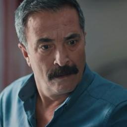 Mehmet Çepiç as Mithat