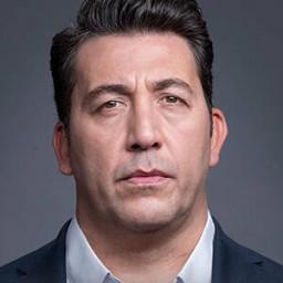 Emre Kınay as Çetin Alaz