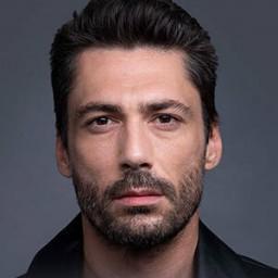 Pamir Pekin as İbrahim Komiser