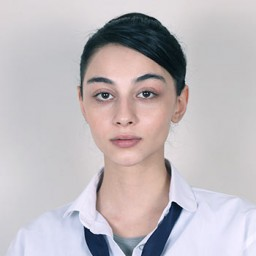 Göksu Melek Ulucan as Mine Alkan