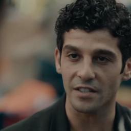 Halil Babür as Veysel