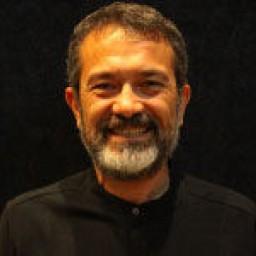 Hasan Şahintürk as Ahmet Sayer