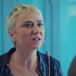 Elif Verit as Zeynep Kaya