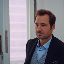 Faruk Barman as Murat