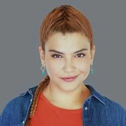 Feyza Civelek as Damla Akar