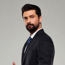 Onur Tuna as Alihan Taşdemir