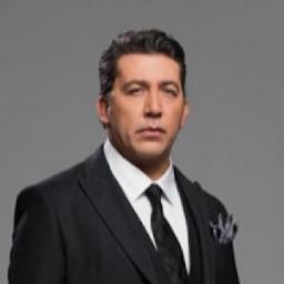 Emre Kınay as Vedat