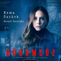 Burçin Terzioğlu as Esma Öztürk