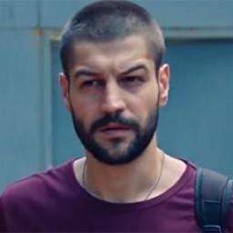 Serhat Teoman as Burak Çatalcalı
