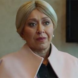 Sebnem Sönmez as Asiye Karaca