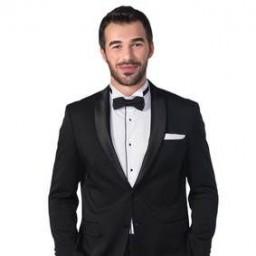 Yusuf Çim as Ozan Ekinsoy