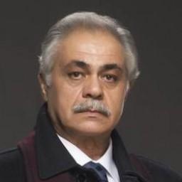 Osman Alkaş as Veysel