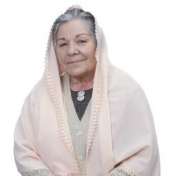 Bedia Ener as Hacı Anne