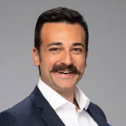 Ozan Dağgez as Samet Yiğiter