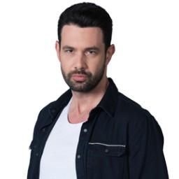 Keremcem as Ali Huroglu