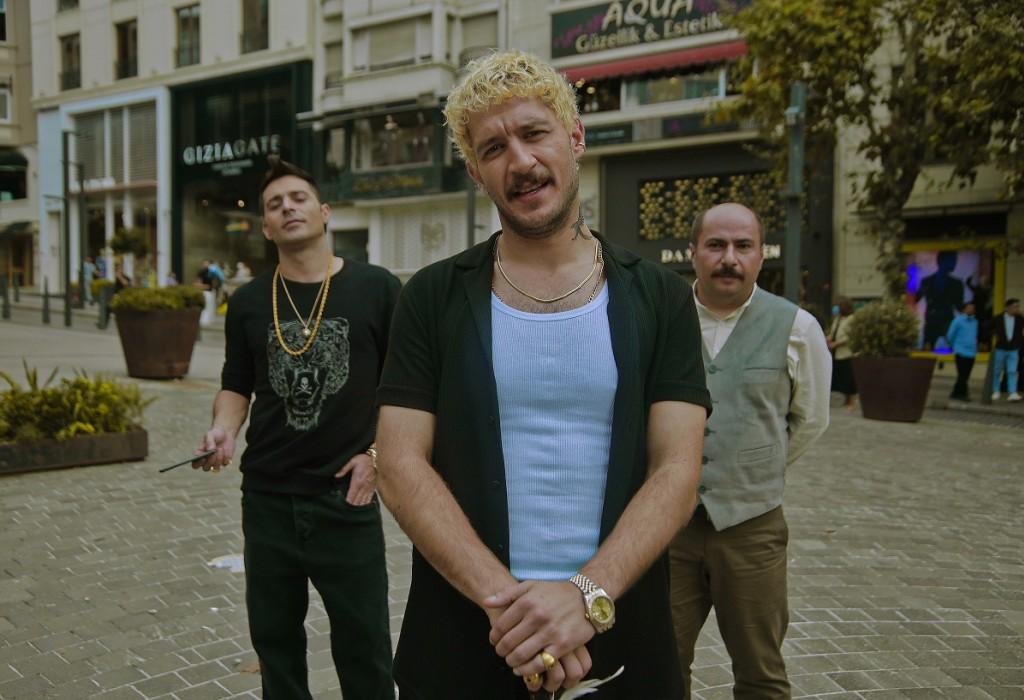 First Look: 'Üç Kuruş'  on Show TV!