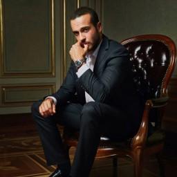 Kenan Acar as Murat