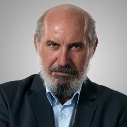 Hüseyin Soysalan as Şeref Mollaoğlu