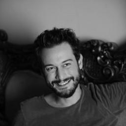 Burak serdar as Pilot/Suleiman Kemal
