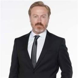 Yıldıray Şahinler as Mehmet Kaymaz