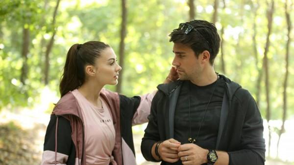 S01E15 of Afili Aşk
