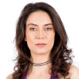 Zeynep Kızıltan as Hülya