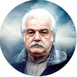 Serdar Gökhan as Mirza Mehmet Eminof