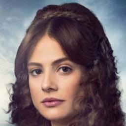 Seda Güven as Valentina Verjenskaya