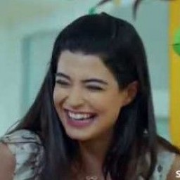 Aybike Turan as Şirin