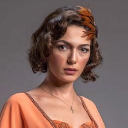 Şebnem Hassanisoughi as Eftelya