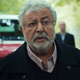Metin Akpınar as Haşmet