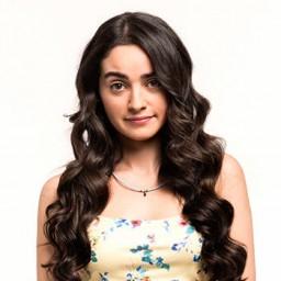 Nazlı Pınar Kaya as Figen Yılmaz