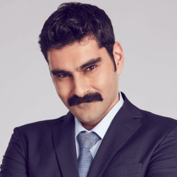 Süleyman Felek as Kerem