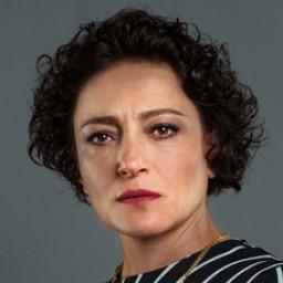 Leyla Kader İlhan as Neriman Kurt