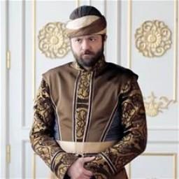 Sadi Celil Cengiz as Zahir / Has Odabaşı