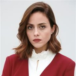 Deniz Barut as Melis Ersoy