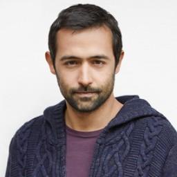 Emir Çubukçu as Faruk