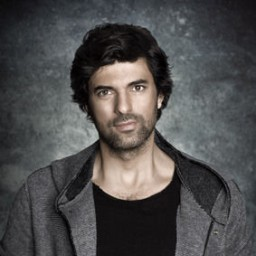 Engin Akyürek as Dağhan